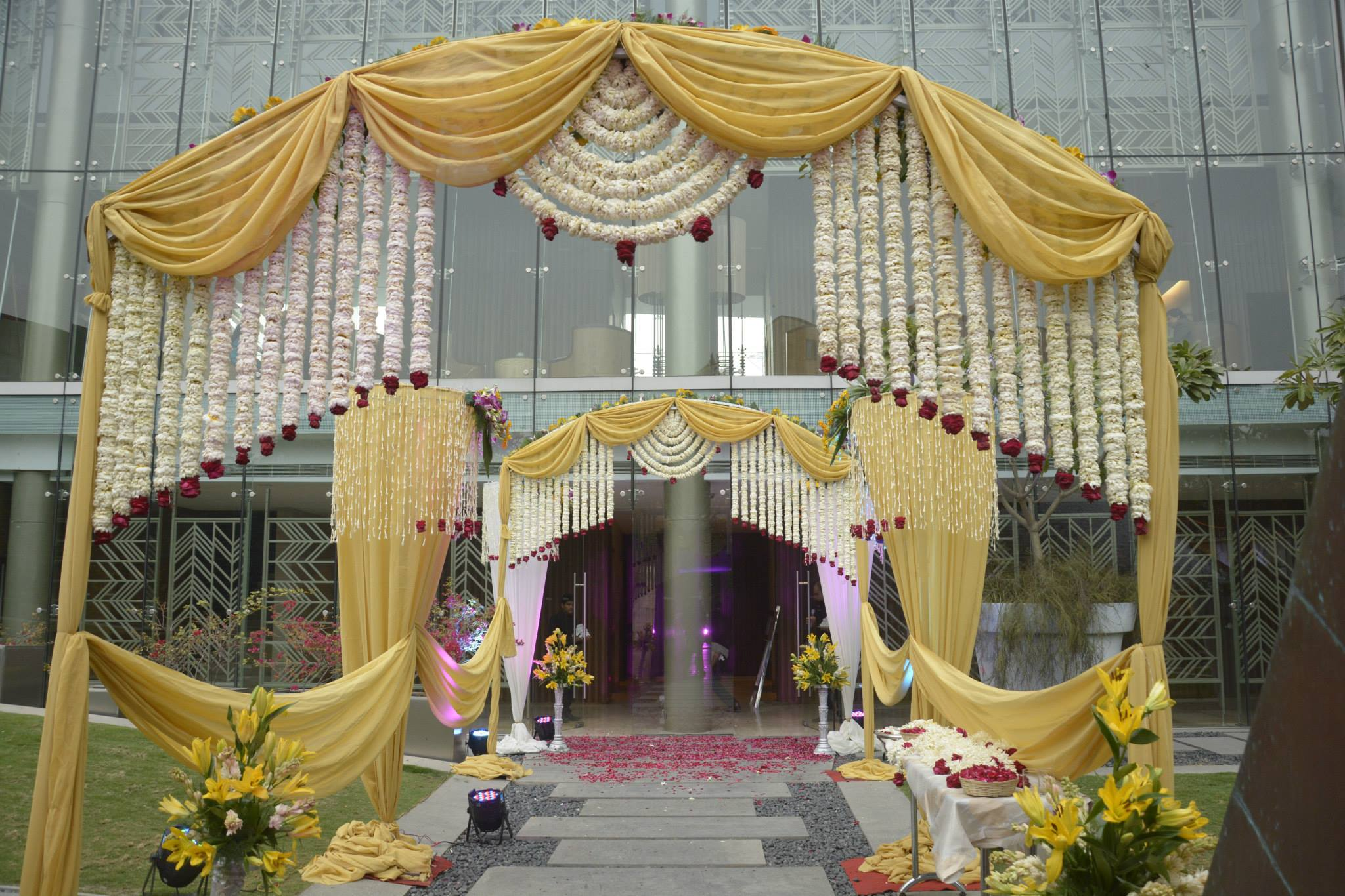 party caterers in gurgaon